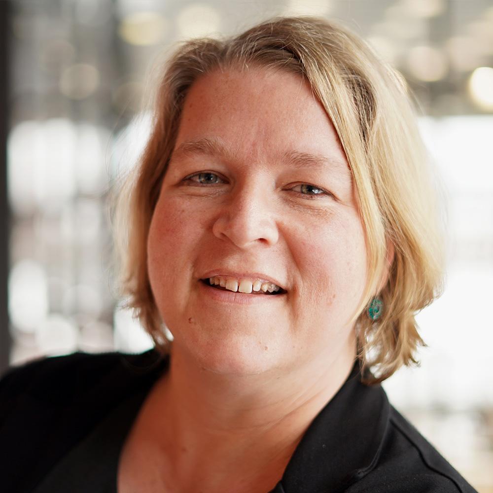 Dr. Juliane Hundert
